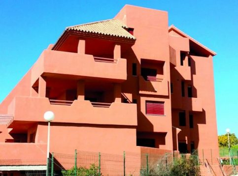 New construction Manilva - apartments Viñedos del Mar - side view